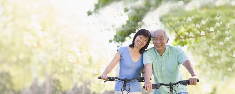 Smiling Older People - Southside Dental Implants